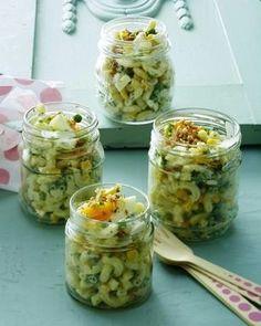 Das Rezept für Hörnli-Salat und weitere kostenlose Rezepte auf LECKER.de