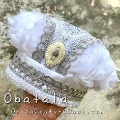Oshun Ibu Kole, Orishas Yoruba, Beach House Decor, Clip Art, Couture, Beads, Fashion, African Outfits, Crowns