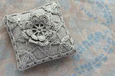 Linen pin cushion - crochet motif -- natural £10.00