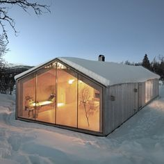 Mountain V-lodge in Norway / designed by Reiulf Ramstad Architects