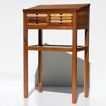 Table d'ordinateur portable / contemporaine / en noyer / en hêtre