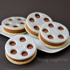 Film Reel Ice Cream Sandwiches (from hungryhappenings.com)   15 Fabulous Oscar Party Ideas