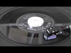 THREE LITTLE FISHIES - Spike Jones and The City Slickers - YouTube