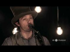 French Folksongs: Le Vent du Nord. Traditional music from Quebec.