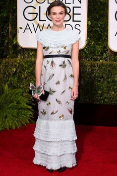 Kiera Knightly in Chanel #GoldenGlobes2015