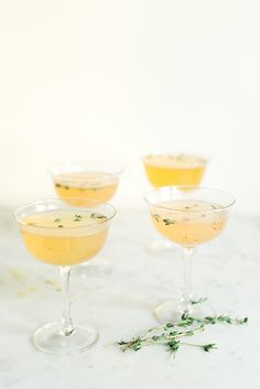 Grapefruit Gin Fizz, a great recipe for a signature cocktail Gin Fizz Cocktail, Signature Cocktail, Cocktail Drinks, Cocktail Recipes, Cocktail Ideas, Drink Recipes, Alcohol Recipes, Party Drinks, Fun Drinks