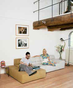 Tufty Time sofa. B Italia. In zeer veel kleuren en opstellingen verkrijgbaar www.designlabels.nl