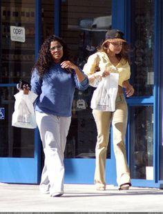 Janet & LaToya Jackson in Malibu, March 8, 2003.