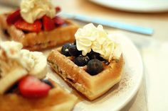 probably the best waffle i ever had, the Belgium waffles!