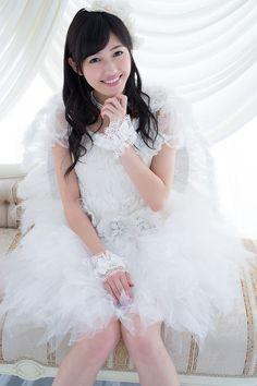 Watanabe Mayu (渡辺 麻友)
