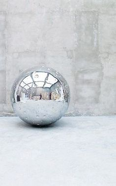 Not Vital Moon, 2011 stainless steel; Edition of 3 59 inches cm) diameter double height reflective finish sculpture Mc Escher, Contemporary Sculpture, Contemporary Art, Modern Art, Color Plata, Metallic Colors, Art Object, Installation Art, Art Blog