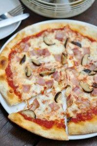 Pitta, Hawaiian Pizza, Hamburger, Ale, Food, Animals, Lasagna, Animales, Animaux