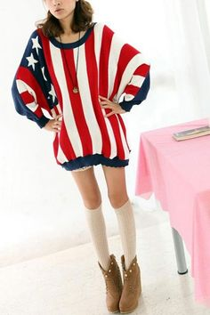 Jumper crafted in wool and cotton blend fabric, featuring round neck, long sleeves, American flag print to main, petal edged design, all in loose fit.