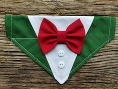 Tuxedo christmas dog bandana, red and green, custom colors, bowtie over the collar Dog Crafts, Animal Crafts, Animal Projects, Pet Shop, Dog Tuxedo, Cat Bandana, Dog Clothes Patterns, Fluffy Dogs, Christmas Dog