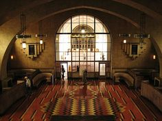 Historic Fred Harvey Spot in Union Station - Art Deco & Southwest look