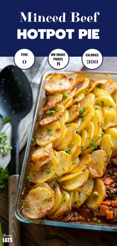 Yummy Crispy Potato Topped Meat Pie (Minced Beef Hotpot) – a delicious family meal of minced beef in a yummy gravy with vegetables topped with golden potato slices. Slimming World and Weight Watchers friendly. Potato Recipes, Meat Recipes, Cooking Recipes, Healthy Recipes, Budget Recipes, Recipes With Mince, Healthy Minced Beef Recipes, Healthy Food, Recipes