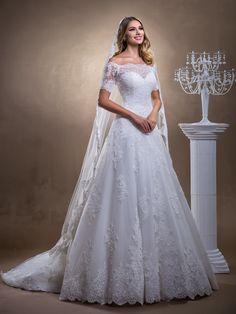 Catherine | La Novia. Catherine este mai mult decat speciala, este o rochie de mireasa care impresioneaza prin....