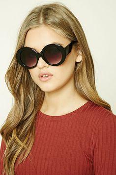 Round Sunglasses: COPY of alice + olivia