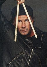 Drummerworld Page for Chad Smith My Favorite Music, Chili, Beautiful People, Guitar Solo, Stuffed Peppers, Percussion, Drums, Singers, Musicians