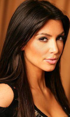Kim Kardashian. love her hair