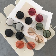75749662bb5 1399 Best Round Sunglasses images