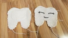 Hello Lovies!  This pattern was requested by my sister to help the tooth fairy visit my niece without disturbing her slumber.  This tooth fairy pillow hangs happily on her door awaiting her visit with the tooth fairy.  (Click