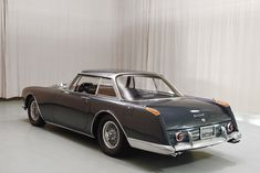 Classic Car News Pics And Videos From Around The World Vintage Sports Cars, Retro Cars, Vintage Cars, American Graffiti, Bugatti, Vegas, Cabriolet, Us Cars, Concept Cars