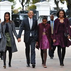 The Obamas Step Out Looking Like a Holiday Card