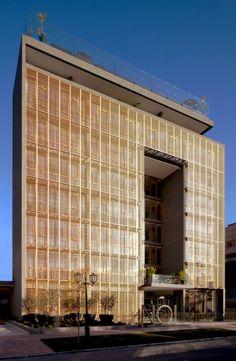 NOI Hotel / Jorge Figueroa + Asociados