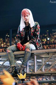 How ya doin? Vip Bigbang, Daesung, G Dragon Hairstyle, Rapper, How Ya Doin, Gu Family Books, Kids Part, Bigbang G Dragon, Jong Suk