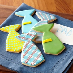 These are SO CUTE! Tie Cookies!!