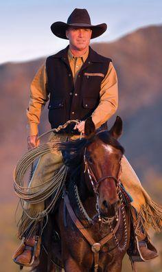 Cutting western quarter paint horse appaloosa equine tack cowboy cowgirl rodeo ranch show pony pleasure barrel racing pole bending saddle bronc gymkhana Hot Cowboys, Real Cowboys, Cowboys And Indians, Cowgirl And Horse, Cowboy And Cowgirl, All The Pretty Horses, Beautiful Horses, Appaloosa, Rodeo