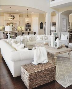 7 Non-Expensive Ideas to Create Luxury Living Room Luxus Wohnzimmer Luxus Wohnzimmer Interior Design-Ideen Coastal Living Rooms, Home Living Room, Interior Design Living Room, Living Room Designs, Kitchen Living, Apartment Living, Living Room And Kitchen Together, Apartment Therapy, Hall Interior