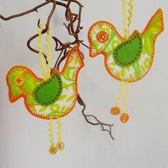 Retro Bird in Lime and Orange 70s Vintage Fabric