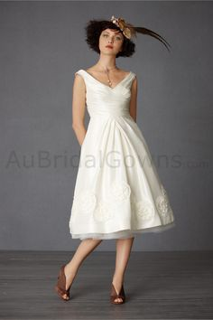 Home > Wedding Gowns > Short Wedding Gowns > Tulle off the Shoulder ...