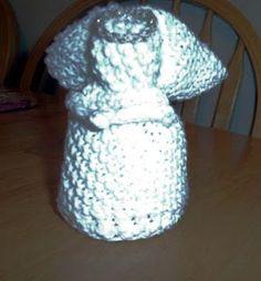 Knit a dishcloth; fold into angel...   ~ Could do same w/crochet dishcloth?