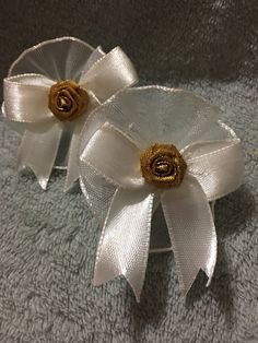 Items similar to 2 Handmade Hair Bows, Satin Bow Gold Rose on Etsy Handmade Hair Bows, Handmade Gifts, Gold Hair Bow, Satin Bows, Heavenly, Trending Outfits, Unique Jewelry, Rose Gold, Flowers