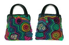 Amazing freeform crochet of Renate Kirkpatrick. Crochet Handbags, Crochet Purses, Crochet Bags, Freeform Crochet, Knit Or Crochet, Rainbow Bag, Diy Bags Purses, Rainbow Crochet, Handmade Handbags