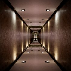 #reflection #mirror #corridor #symmetry creation © Jonathan Stutz