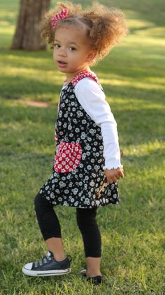 Olivia the Pig Little Girls Dress Handmade girls by pinkmouse, $34.00