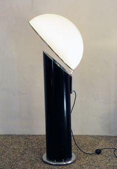 Ennio Chiggio; Resin, Chromed Metal and methaccrylate 'Ciot' Floor Lamp for Lumeform, 1970s.