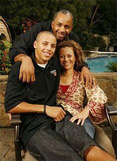 37df8e46e1c5 steph and his parentals The Curry Family