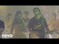 Music video by Agapornis performing Quiero Tenerte. (C) 2015 Agapornis bajo licencia a Sony Music Entertainment Argentina S.A. http://vevo.ly/T1P3YK