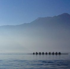 Rowing in Lago d'Iseo in Lombardy, Italy. Photo: Paul Williams - http://www.ferienhaus-iseosee.com/schwimmbad-und-sport/