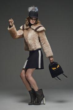 Sfilata Fendi New York - Pre-Collezioni Autunno-Inverno 2015-16 - Vogue