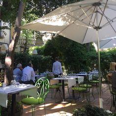 Le restaurant Le Petit Jardin à #montpellier : un endroit bien caché près du Peyrou qui ne vaut pas seulement le détour pour son cadre