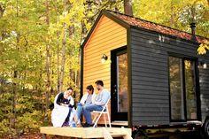 Mini-Maison CABANE - Extérieur / Tiny House CABANE - Exterior Construction, Tiny Houses, Mini, Outdoor Decor, Home, Cabin, Building, Small Homes, Little Houses