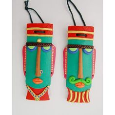 Wall Hanging Terracotta Mask African Crafts, Indian Crafts, Clay Wall Art, Clay Art, Madhubani Paintings Peacock, Coconut Shell Crafts, Terracotta Jewellery Designs, African Art Paintings, Plastic Bottle Crafts