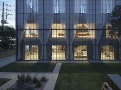 """窓、塀の""""境界"""" を建築する。世界が注目する若手建築家ユニットのクリエイティブ思考とは - T-SITE LIFESTYLE[T-SITE]"""