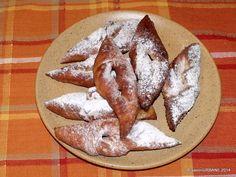 Pancove sau gogoși ardelenești pufoase și aromate - rețeta tradițională   Savori Urbane Some Fun, Diana, Gem, Food And Drink, Mexican, Bread, Meals, Ethnic Recipes, Sweet